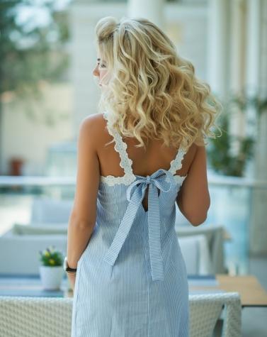 Платье в голубую полоску 7679