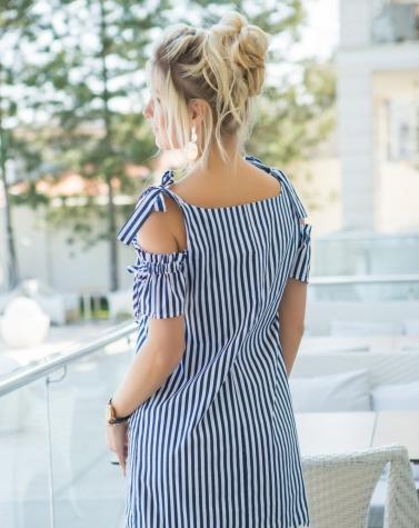 Платье в кружевом 7767
