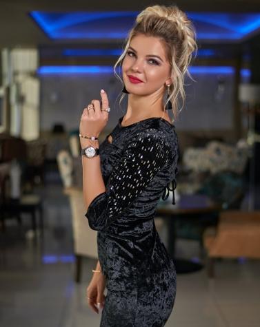Платье со шнуровкой чёрное 7737