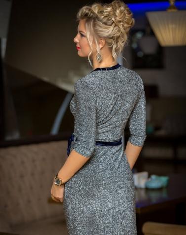 Блестящее платье на запах 7800
