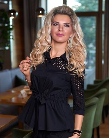 Стильная блузка с прошвой 1349