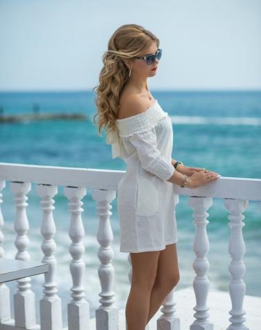 Платье с открытыми плечами 7571
