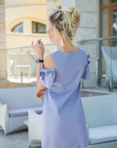 Платье с открытыми плечами 7696