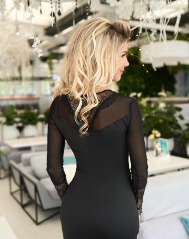 Изысканное кружевное платье 7738