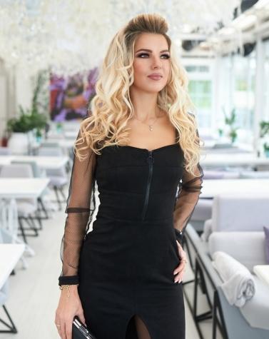 Утонченное черное платье 7931