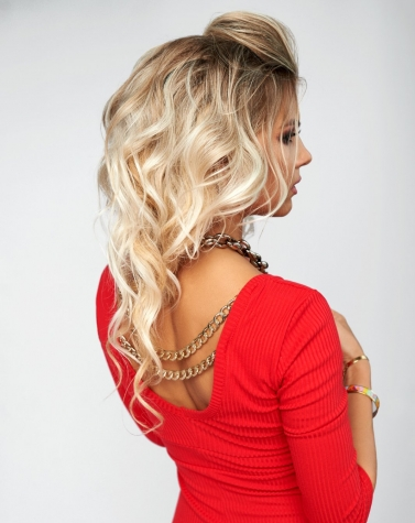 Изящное трикотажное платье красное 7961